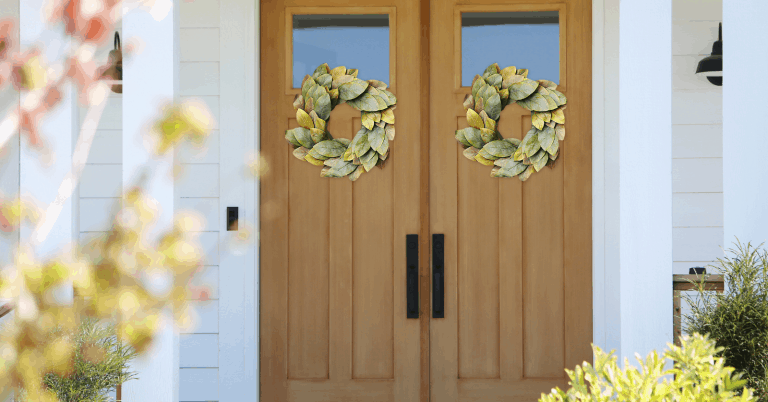 The Perfect Farmhouse Wreath to Brighten Your Door