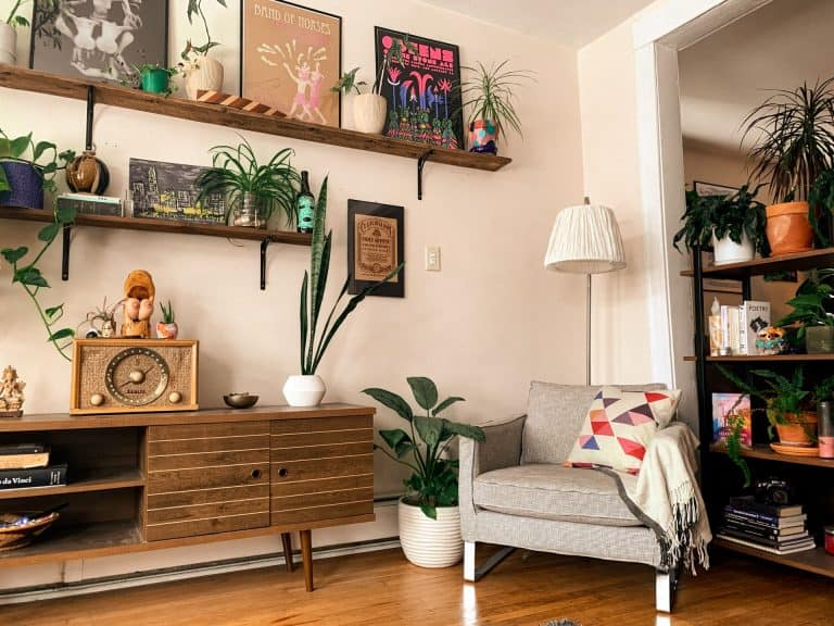 A Mid Century Planter in 43 Incredible Choices